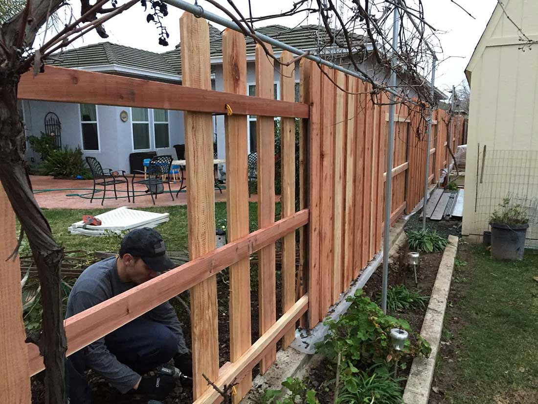 Fence installed between two house in Tracy, CA