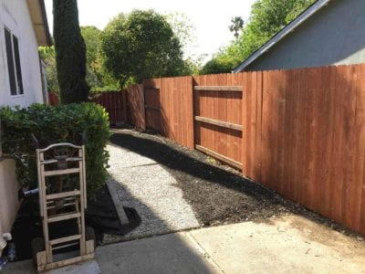 New fencing around backyard in Tracy